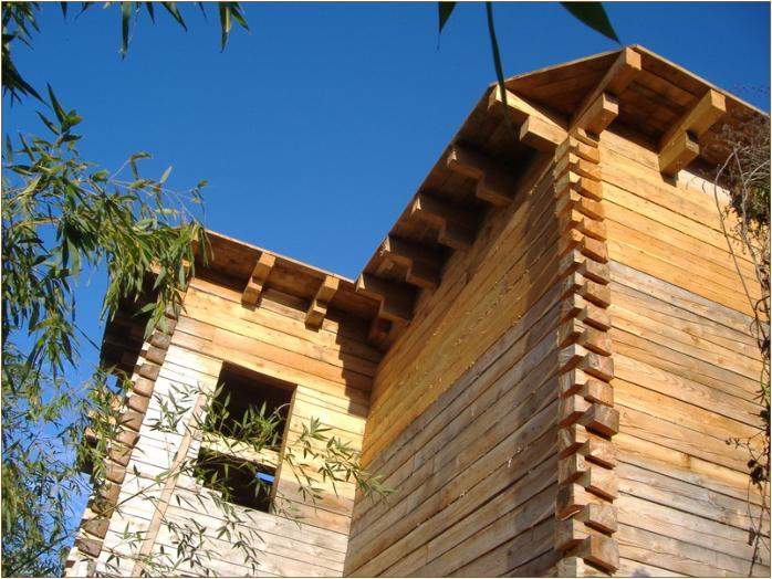 maison bois equarrie